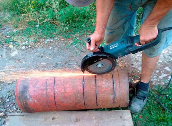 Мангал из газового баллона с коптильней, казаном. Чертеж с размерами